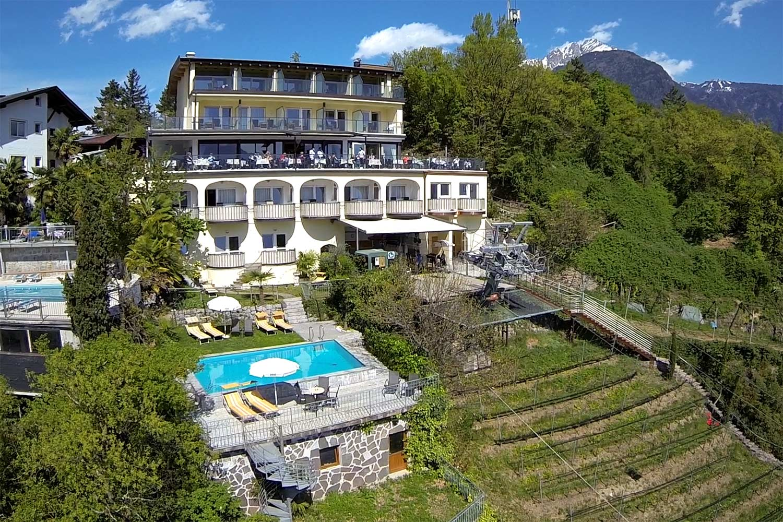 Hotel Panorama Alle 4 Sterne S Hotels In Dorf Tirol Bei Meran